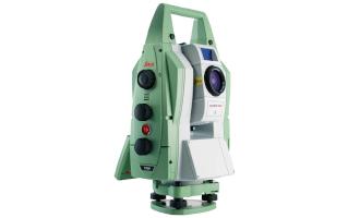 Leica TM50 robots