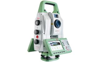 Leica TS60 robots
